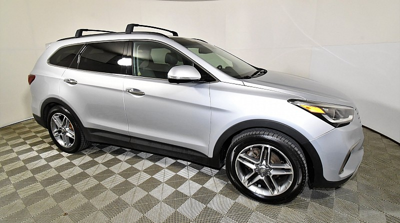 Used 2017  Hyundai Santa Fe 4d SUV FWD Limited Ultimate at Graham Auto Mall near Mansfield, OH