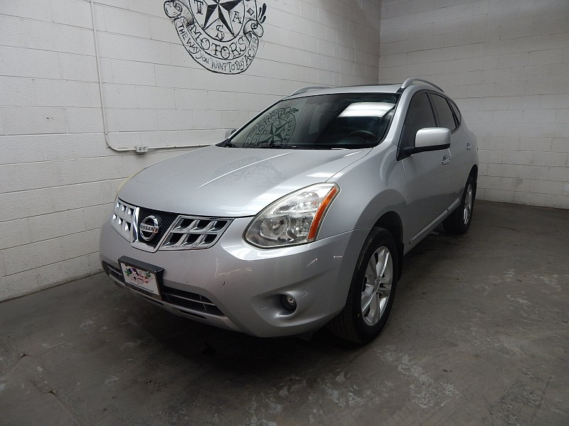Used 2013  Nissan Rogue 4d SUV FWD SV at Texas Certified Motors near Odesa, TX