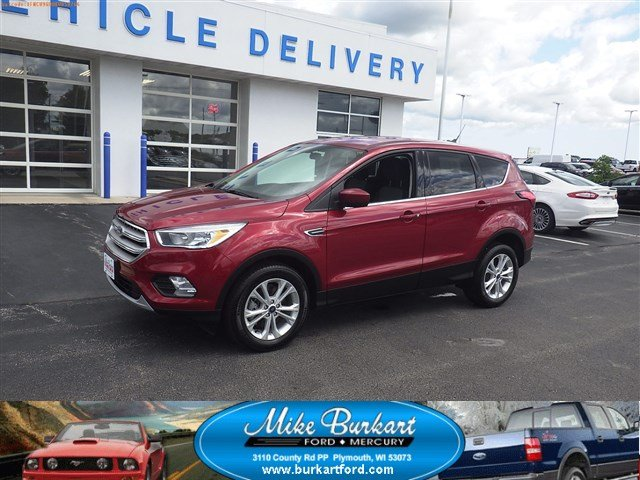 Used 2019  Ford Escape 4d SUV 4WD SE at Mike Burkart Ford near Plymouth, WI