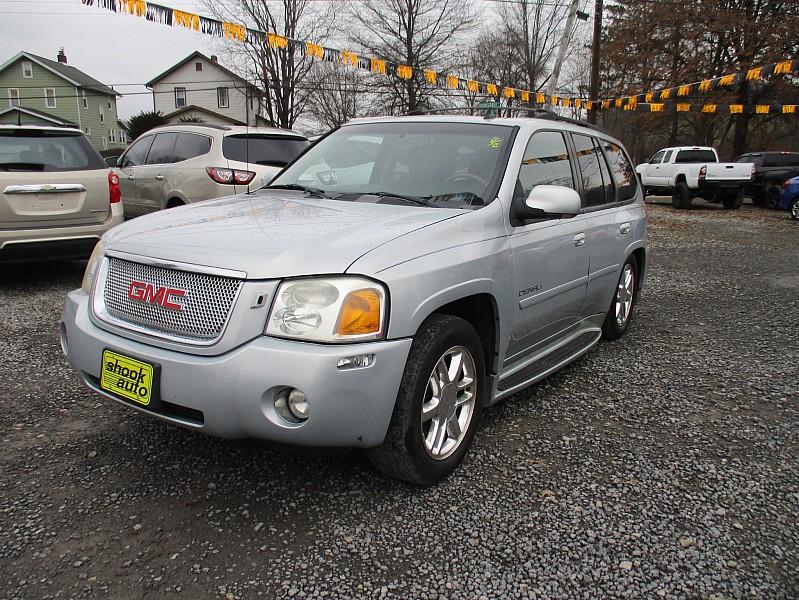 Used 2008  GMC Envoy 4d SUV 4WD Denali at Shook Auto Sales near New Philadelphia, OH