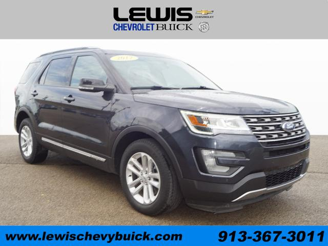 Used 2017  Ford Explorer 4d SUV FWD XLT at Drive Now Kansas near Atchison, KS