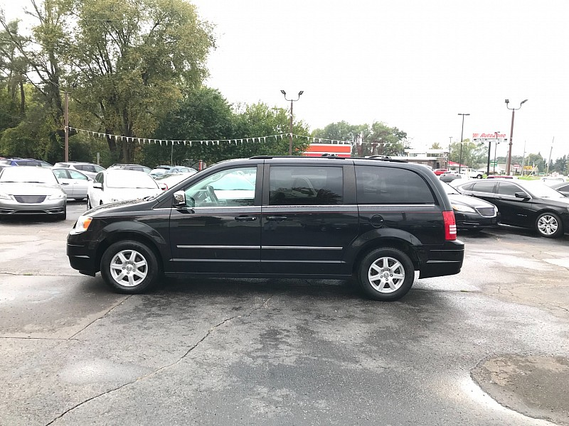 Used 2010  Chrysler Town & Country 4d Wagon Touring at Car Zone Sales near Otsego, MI