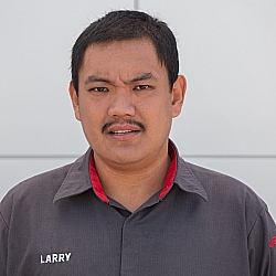 Larry Cariaga